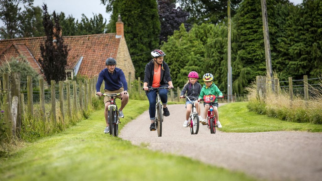 Cycling in the Lincolnshire Wolds